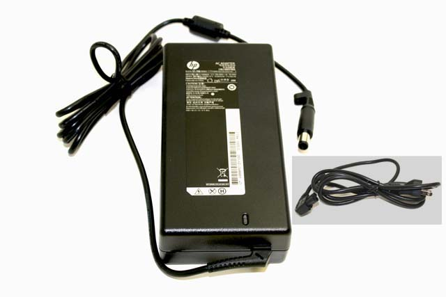 AC power supply adapter - Rated at 130 Watts output
