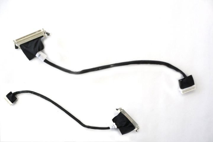 Cable assembly - For Low Voltage Differential Signaling (LVDS) circuit, C2